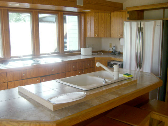 A view of the kitchen prior to renovation. Source: TMS Architects