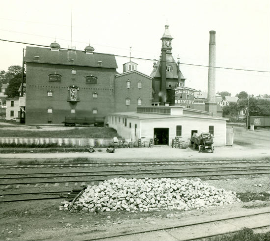 Eldredge Brewery:  Source: Strawbery Banke Museum