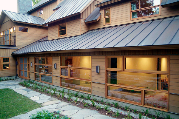 Roof Overhangs Keep Energy In For Comfortable Climates