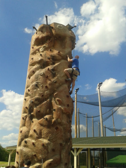 Shannon Alther demonstrates his rock climbing form!